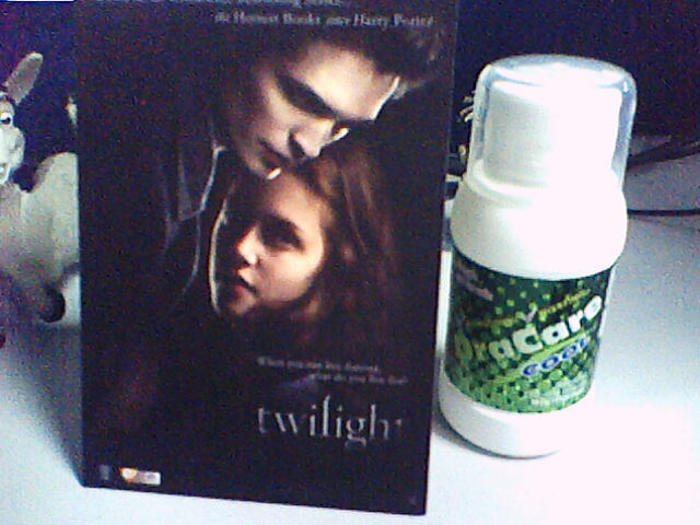 twilight movie premiere tickets + oracare on the side